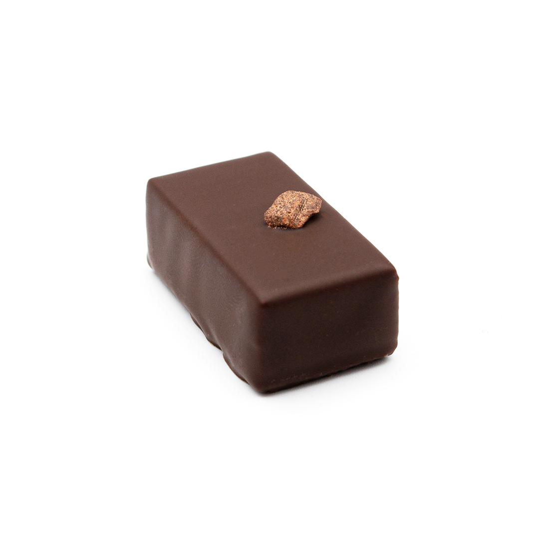 praline ganache au poivre de Jamaïque, chocolat noir